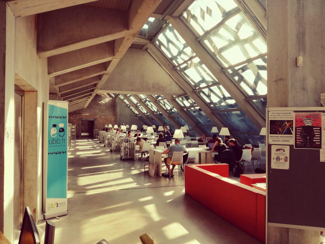 Bibliothèque Florence Delay