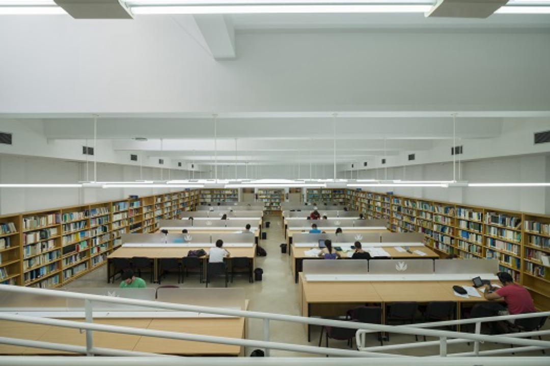 Biblioteca C. Sociales
